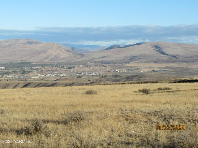 NKA Woodward West Rd, Yakima, WA 98901