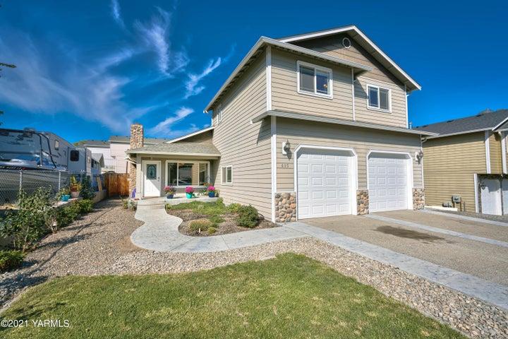 605 W Home Ave, Selah, WA 98942