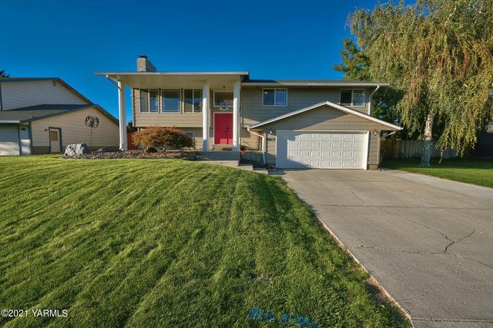 4805 Castleview Dr, Yakima, WA 98908