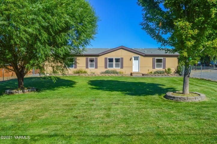 301 Wise Acre Rd, Yakima, WA 98901